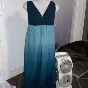Women's sz XS Liz Lange maternity maxi dress